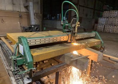 "cutting 4"" steel with oxyfuel on Fab-Cut older 5x5 modular table"